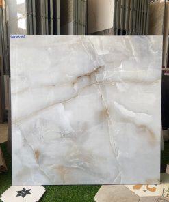 Giá gạch lát nền 80x80 bóng kiếng